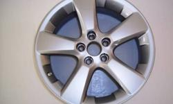 """LEXUS RX 350  NEW 18"""" Alloy wheel  5x114.3 Bolt pattern (18x7) Fits 2004 2005 2006 2007 2008 Single New Rim  $180  (  1 rim only ) Replace your damaged rim, or keep as a spare 705-252-2979 2 BLOCKS OFF THE 400 IN BARRIE"""