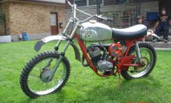Runs great , well maintained  . New front & rear sprockets & chain ,,New petcocks on tank  . Rims in great shape  ..