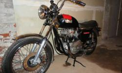Selling my triumph 750 bonneville $3500.00 Firm.If interested call me at 905-920-5507.