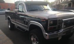 Make Ford Year 1984 Colour Black Trans Automatic kms 156000 located in Ottawa Stunning Truck. Excellent shape. A real head turner ! Diamond stud box liner , newer tires , new front leaf springs, dual fuel tanks beautiful Red original interior ( new stereo