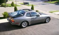 1986 Porsche 944     4 cylinder Manual Transmission Air conditioning Alloy wheels AM/FM CD stere Bucket seats, Power mirrors, Power seat, Power windows Sunroof that is removeable Brand new brakes all around   all power options work!   all maintenance up