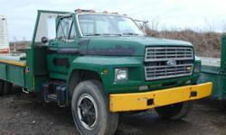 Ford 6.6 turbo diesel, 6 speed std trans, good 11R22.5 tires, 30,000 GVW, 235,000km, hydraulic brakes, lots of tool boxes in the deck body, runs nice, cab is solid. Front bumper can easily be straightened. Located west of Ottawa, near Ashton. If you're