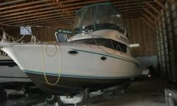 1993 Silverton 3150 Sedan Boat, In immaculate condition. Twin Mercruiser T-230 5.0 Lt gas engines, 500 metered hours, beam is 11' 6 inches, sleeps 6!!! Has Dinett3, Shower, Three Seperate Sleeping Quarters! This thing is loaded, some more high lights, Air