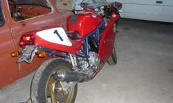 1994 Ducati ss 600 directly from Italy and ready to be on the road. Feel free to e-mail and ask more question.