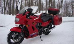 Ultimate sport touring Kawasaki GPZ 1100, GIVI three piece luggage system, Corbin seat, bar risers, heated grips.always on semi synthetic oil, new Metzeler tires front and rear, new brake pads, new fork seals.