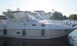"""1998 REGAL 292 Commodore, Don't miss this very clean Regal Express! She is in great shape with 490 hour and has an extensive list of options, including Twin MerCruiser 5.0 L V-8's, 10' 4"""" beam,  air conditioning & heat, GPS, VHF, cockpit fridge,"""