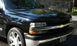 Complete black no rust perfect condition 1999 2000 2001 2002 Silverado 1500 Silverado 2500 Chevy Tahoe -hood -grill -head lights - fenders -new bumper Clip is in perfect condition 600 Obo still on the truck This ad was posted with the Kijiji Classifieds
