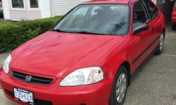 Make Honda Model Civic Year 2000 Colour Red kms 184000 Trans Automatic 2000 honda civic dx hatchback 4cyl automatic -serviced ever 5000 including engine oil trans and rear end -michelin tires all new brakes rotors and drums -timing chain . This car is in