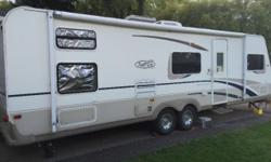 2003 trail lite 30 feet long. Sleeps 7..has bunk beds..queen bed..New tires... New battery... Has an electric slide out..awning in good shape.. Has an outside shower as well as inside one..radio..Weight is around 6500 pounds. Everything works great...