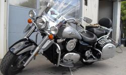 2005 Kawasaki Vulcan Nomad 1600 Very smooth, even delivery of torque which requires a minimum of shifting. Full windshield, hard bags (lockable) and crash bars are all part of the stock package of this very popular cruiser. Come down and take a look! All