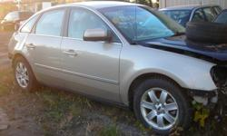 """DISMANTLING 2006 FORD FIVE HUNDRED FOR PARTS, V6, AUTO 156K, ENGINE AND TRANNY IN VERY GOOD CONDITION, 17"""" WINTER TIRES ON ALU RIMS, REAR END DAMAGE, STARTS AND DRIVES"""