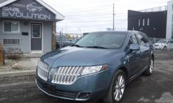 Make Lincoln Model MKT Year 2010 Colour BLUE kms 167000 Trans Automatic 6 MONTHS WARRANTY WITH PURCHASE FOR FREE ! 2010 LINCOLN MKT LOADED 7 PASSENGERS FINE SUV !! V6 3.7L ENGINE PERFECT LUXURY FAMILY SUV ! WITH AUTOMATIC TRANSMISSION, FULLY EQUIPPED