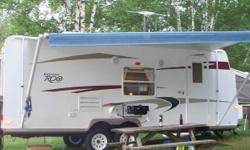 2010 Rockwood ROO 23SS  Only used a few times, owned for 2 seasons, purchased brand new. Best layout Rockwood has for kitchen space ***Storage paid until. July 2012*** 23 ft closed and 28.6 ft when fully opened, electric super slide (kitchen and sofa