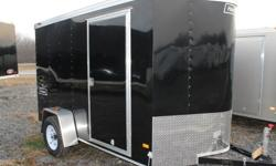 """BLACK EXTERIOR COLOUR, REAR RAMP DOOR, SIDE ENTRY DOOR, FRONT STONEGUARD, 2 X 12V INTERIOR DOME LIGHTS, 12V SURFACE MOUNT WALL SWITCH, 14"""" X 14"""" NON POWERED ROOF VENT, 4 X SQUARE D-RINGS, GVWR 2980LBS, DRY WEIGHT 1195LBS   www.1000islandsrv.com"""