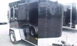 BLACK EXTERIOR COLOUR, REAR RAMP DOOR, 12V INTERIOR DOME LIGHT, FRONT STONEGUARD, 4 X SQUARE D-RINGS www.1000islandsrv.com