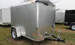 SILVER EXTERIOR COLOUR, REAR RAMP DOOR, FRONT STONEGUARD, 2 X 12V INTERIOR DOME LIGHTS, 12V SURFACE MOUNT WALL SWITCH, GVWR 2980LBS, DRY WEIGHT 880LBS www.1000islandsrv.com