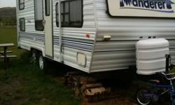 1998 THOR WANDERER 24' travel trailer, clean & well maintained. Sleeps up to 6. Everything works, no leaks. Two brand new 40 LB propane tanks, upgraded plumbing for simple winterization, brand new water pump. Lots of storage space. 3 way fridge, stove,