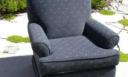 360 Degree Swivel Rocker Chair $100 or best offer Free delivery Niagara