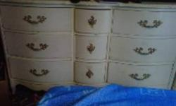 HAND CRAFTED SOLID WOOD BEDROOM SET ALL DRAWERS ARE TONGUE AND GROOVE ORIGINAL HARDWARE PERFECT FOR RESTORATION $600.00 OBO  NIAGARA FALLS  MORRISON AND ST.CLAIR PICS AS BELOW PLUS 2 MATCHING BED  SIDE TABLES
