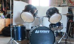 "5-Piece WestBury Pro-Cussion Drum Set.  Comes with - 2- power toms                        1- floor tom                        1- bass brum                        1- Snare drum    also included is a 18"" crash/ride symbol and 14"" high hat. both solar by"