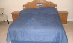 A well kept bedroom set ( please see pictures)  that includes: two night tables a mirror a large Dresser a Double Headboard Pay in cash  and must come pick up . (DOES NOT INCLUDE MATTRESS AND BED FRAME )