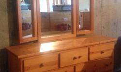 7 drawer dresser Good condition