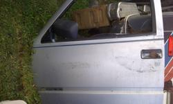 88-98 Solid doors Passenger x2 and one driver's door. Standard Windows. $60.00 each. 620 3062 or email.