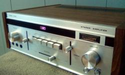 Sonic scope A-260 stereo amplifier 1970's Low sound in left output. Price Firm. Cosmetically in mint condition.
