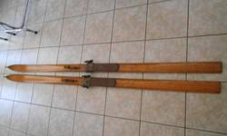 Antique Handmade Wooden Skis - 84 inch long wooden skis - Handmade In Ontario, Canada - Good condition Will look good on the wall in somebodies Chalet!! $255.55 or best offer or trade for guitars Phone: 613-284-8468 E-mail: hopper_dowler@hotmail.com