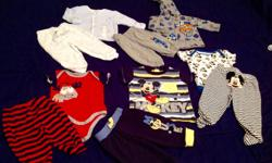 In excellent condition 9 sleepers , 23 onesies, 5 two piece outfits ( 10 pieces), 9 shirts, 8 pants, 4 shorts, 3 hoodies ... Size 3 to 6m and 6 months...