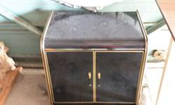 black lacquer mirror/40x1.5x41-black lacquer nightstand/24x16x24/2 doors/1 shelf-good condition