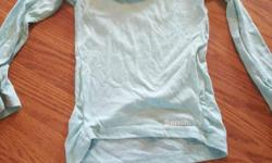BENCH SIZE 3/4 TUNIC SHIRT EXCELLENT CONDITION WORN ONCE REMOVING ANYTHING THAT DOESN'T SELL BY SUNDAY