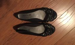 AMERICAN EAGLE flats - size 7.5 - like new! - smoke free, pet free home