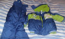 For Sale Boys Buzz Lightyear Snowsuit size 3. Excellent condition (minus the front sticker has some peeling off of it). Worn 1 winter. Reason for selling, my mom buys my kids brand new snowsuits every year.