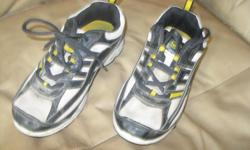 Boys Sportek Running Shoes Size 3 Lace-up Color - black/white/yellow ONLY $5 Can meet in west end of ottawa (kanata) or pickup in Constance Bay