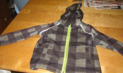 Boys Spring / Fall Jacket size 4T Excellent condition !