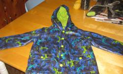 Boys Spring / Fall Jacket size 5 Excellent condition !