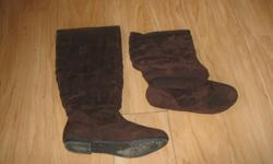 Brand New ACO Brown Boots Flat Size 8 Bought last season but NEVER wore $10 can meet in west end of ottawa (kanata) or pickup in Constance Bay