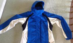 This is a BRAND NEW.... JACKET by FARWEST... size M Wind and Water repellant... Underarm vents... Velcro closures on cuffs... Inside waist belt... This is a very high quality jacket....perfect for Island weather...has many more features... Beautiful