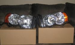 BRAND NEW IN BOX, COMPLETED SET INCLUDED LEFT & RIGHT SIDE Chrome Housing Euro Clear Lens OEM Replacement Headlights with Amber Reflector Fit 2002-2005 Dodge Ram 1500 Pickup, 2003-2005 Dodge Ram 2500/3500 Pickup All Models