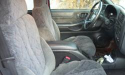 i need the extra seat in my 2002 chevy s10 crew cab.  i want to trade my bucket seats and center console for your bench or 60/40 split seats. my seats are in good condition. no burns, rips or unpleasant smells.