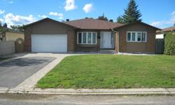 # Bath 4 Sq Ft 3800 # Bed 7 Bungalow Duplex, Income Property in Pineview 1468 Bortolotti Cres., (Pineview Area) Ottawa This large bungalow in Pineview has just been FULLY renovated inside and out and consists of two independent units - the main floor and