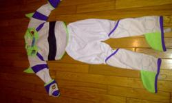 Buzz Lightyear costume, in good condition velcro back with attached wings size 4-6  (more like size 4) email if interested!