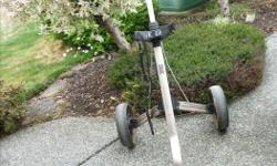 THIS IS A REALLY GOOD BUY ON A PUSH - PULL CART NOT ONE OF THOSE FANCY ONES BUT A VERY GOOD ONE AND IN GOOD CONDITION.