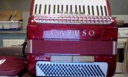 Hello there, I am selling my Caruso Petite. It's a really lovely Italian made instrument in great shape. It's quite lightweight. Bellows are tight, no sticky buttons or keys. 120 basses, 41 Keys, 15 lbs.