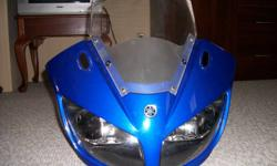 I have a front nose cowl in excellent shape comes with mirrors, wisheild, lights was on my FZ1 turned it into a strret fighter $150 o.b.o 905-401-0045