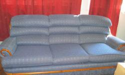 Coach and chair set very good condition.