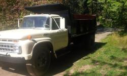 Make Ford Model F Year 1965 Trans Manual kms 100 52-year old dump truck, runs well, no rust, liquid breaks, new lines and pads, tires in good condition