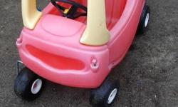 Little tikes cozy coupe car. Well used but lots of life left in this one. Pickup in kanata. check out my other ads too
