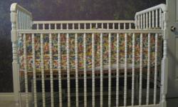 "Storkcraft Jenny Lind white crib with mattress; bumper pads and sheet ""ABC print"""